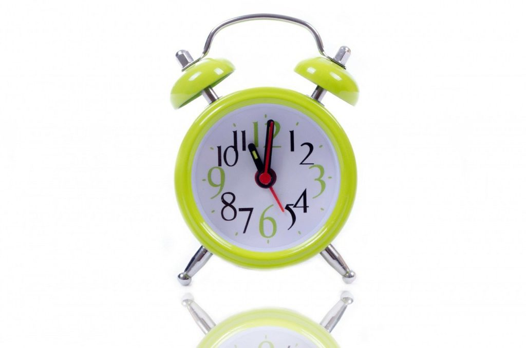 11 OClock - Green Alarm Clock