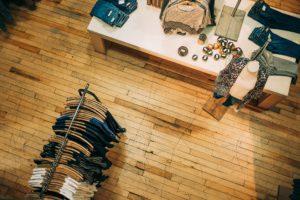 Clothes Shop - A story About Four T-shirts