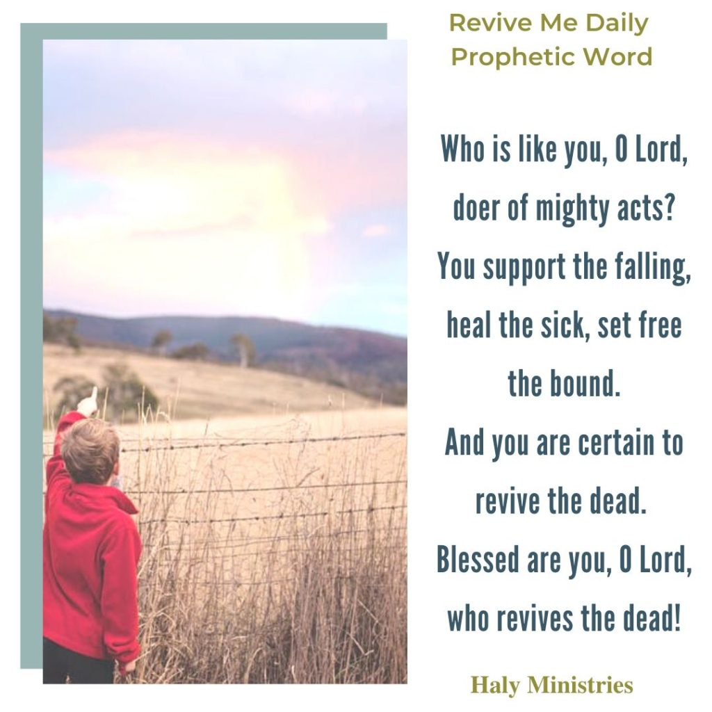 God Revives the Dead Revive Me Daily Prophetic Word