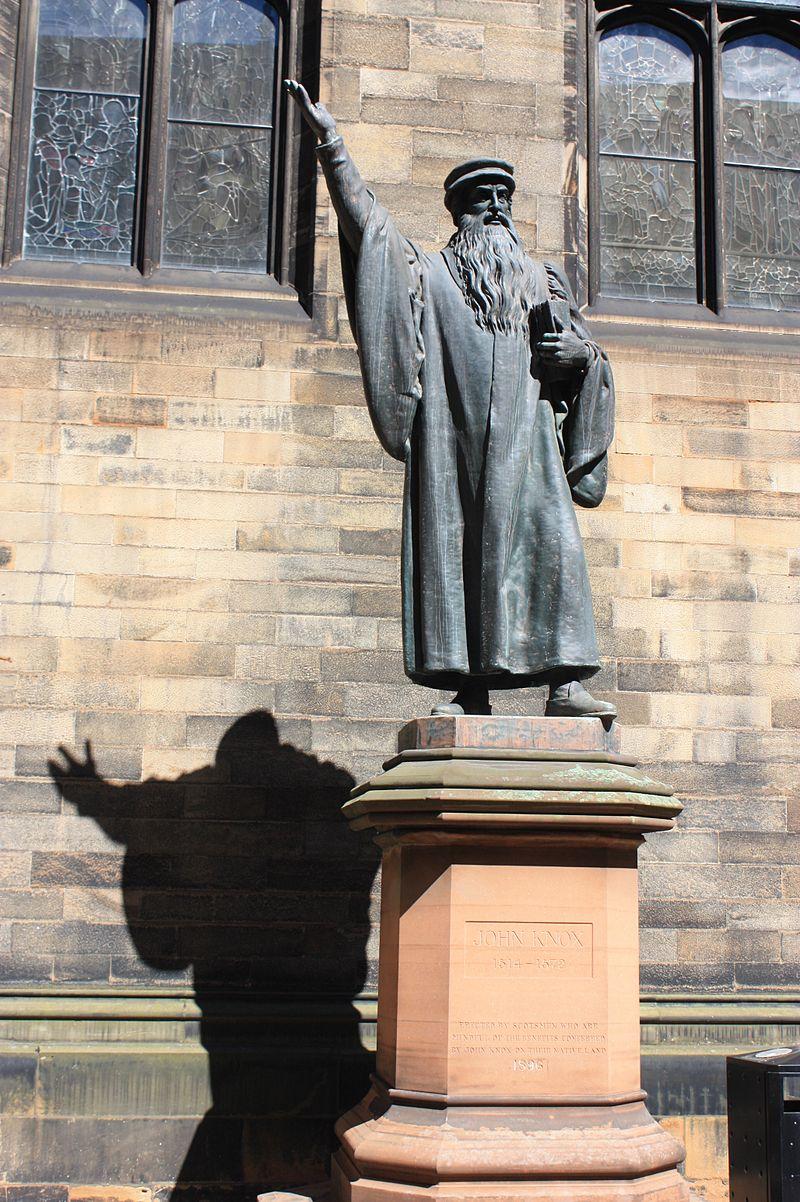 Statue_of_John_Knox_in_New_College_Edinburgh